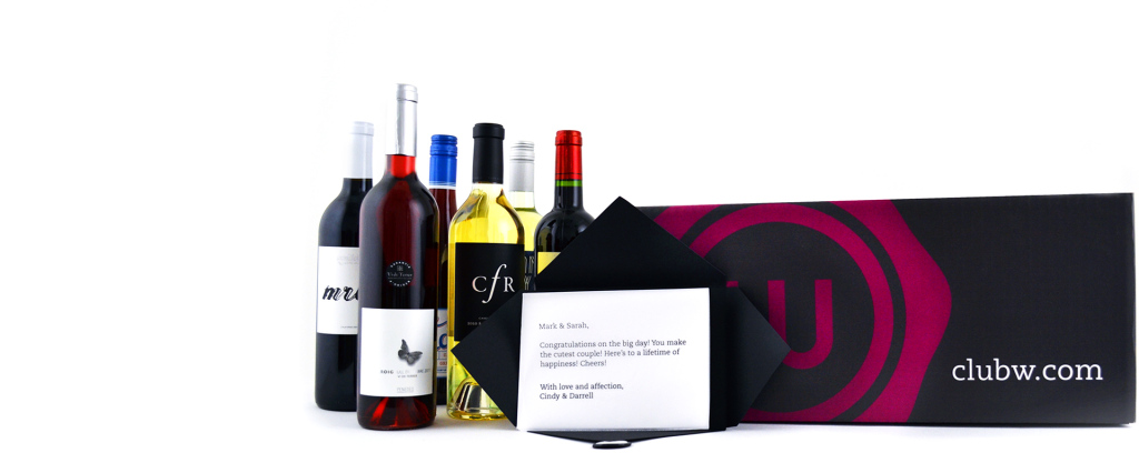 Club-W-Gift-Box-and-Card